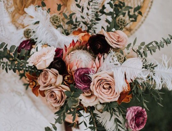 Romantic Rosy and Rust wedidng bouquets